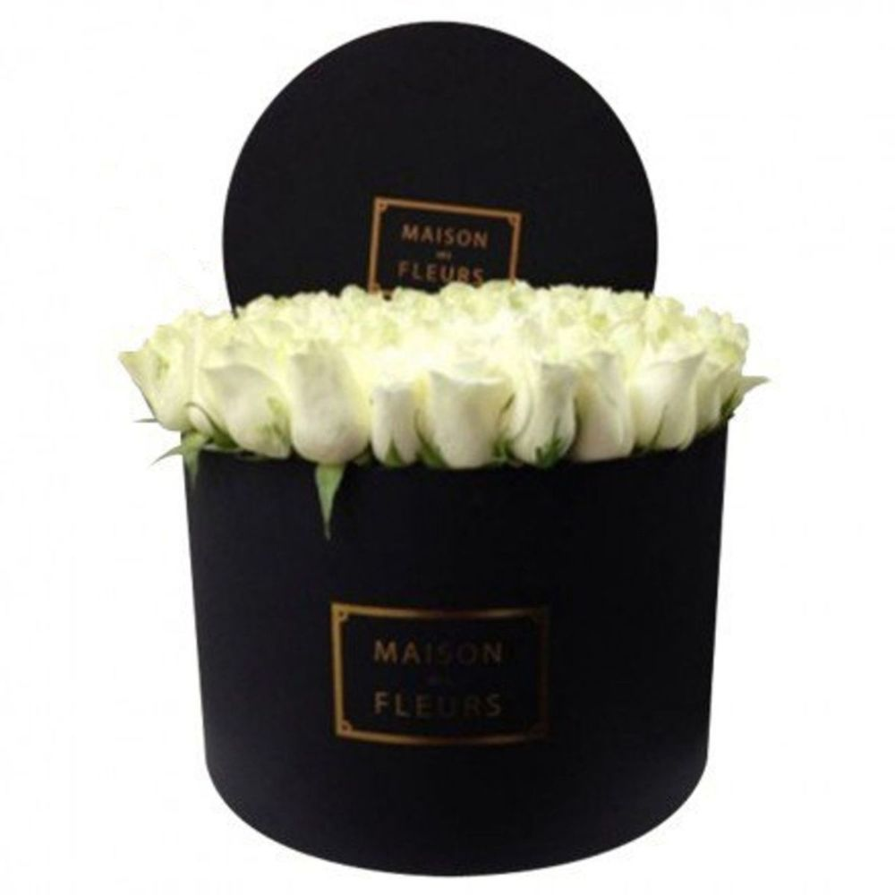 Maison des fleurs in the round big box brb 006 11000 rub delivery in 7 h flowwow flower delivery in novosibirsk