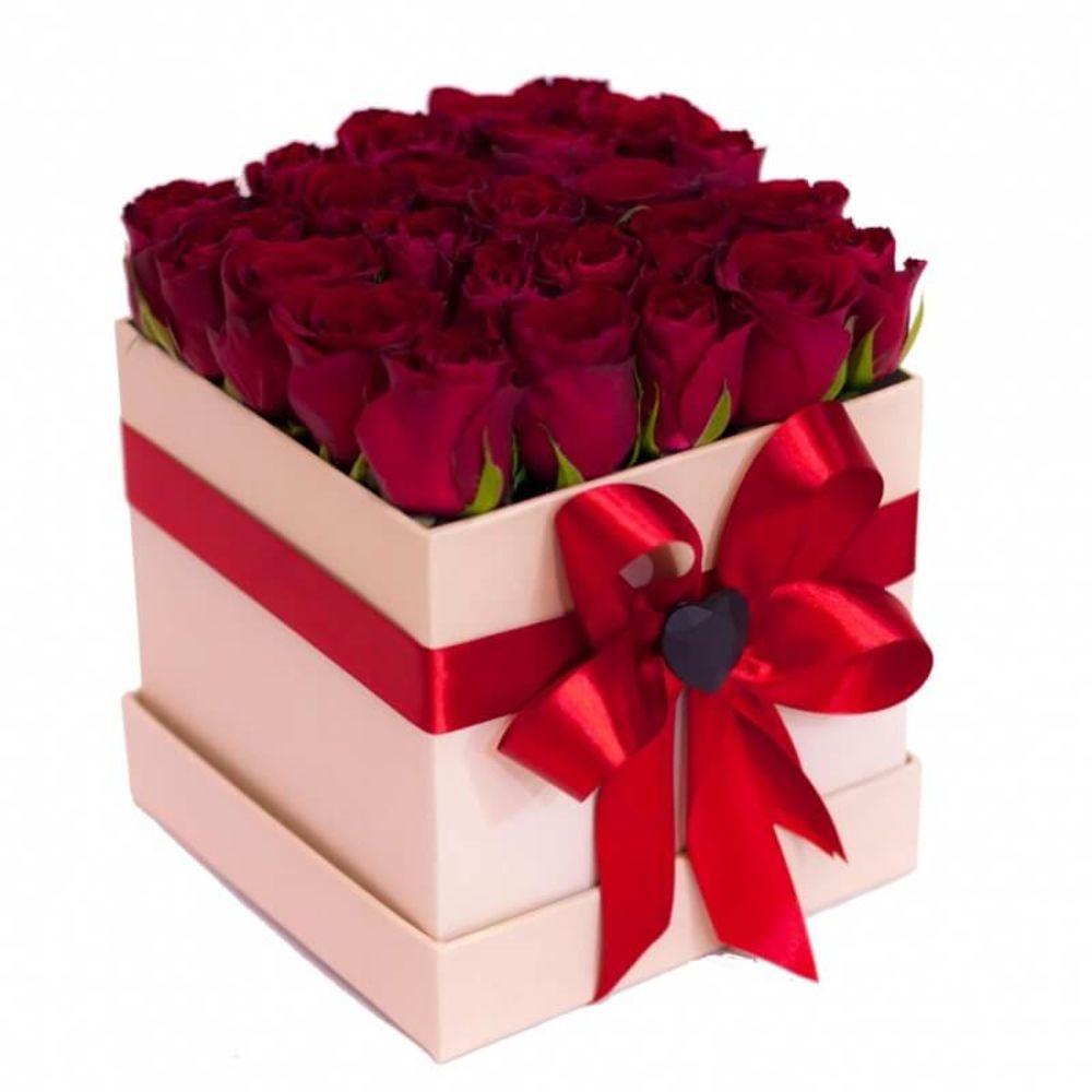 Подарок женщине картинки красивые