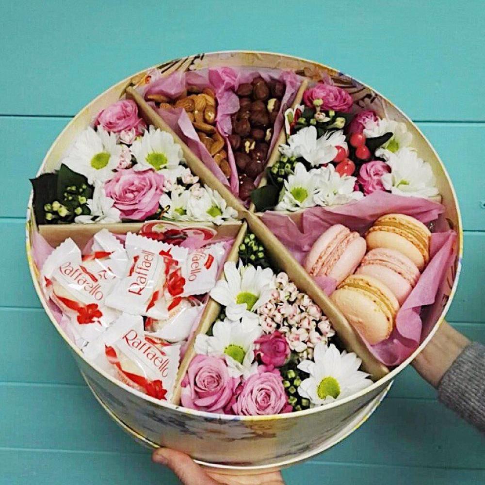 Заказать в белгороде цветы с сладостями в коробке с доставкой дешево, корабль