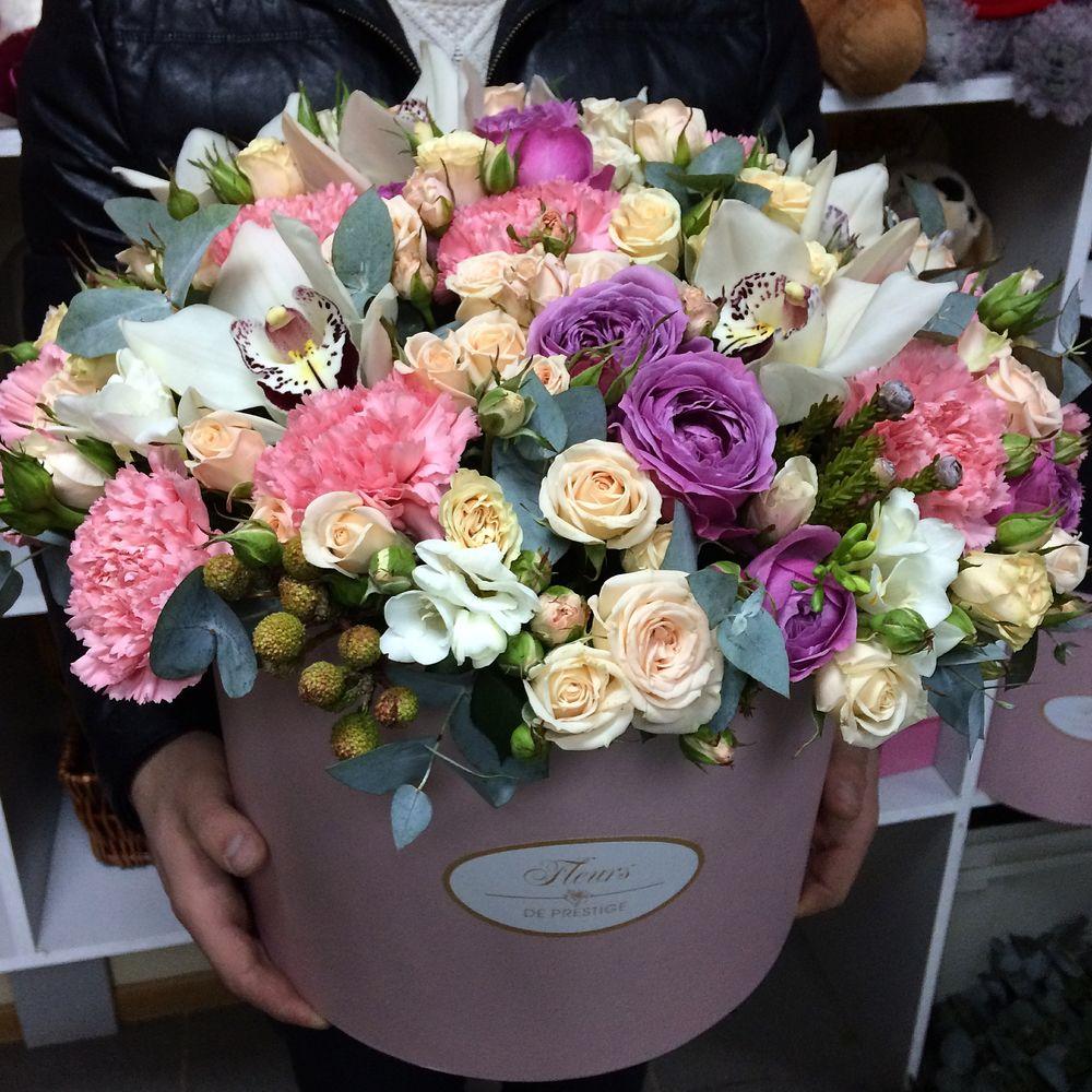 Букет, букет и цветов на заказать в офисе