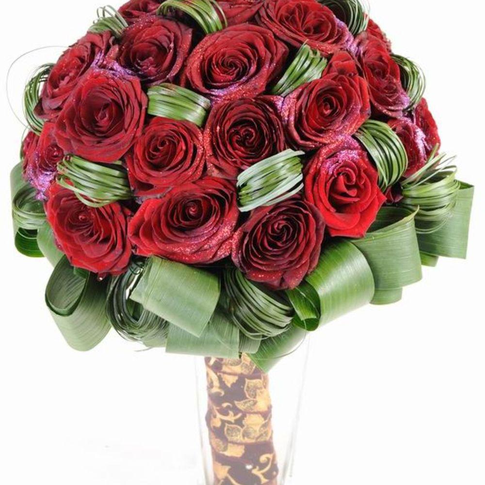 Букет из 21 розы грн, свадебный каскад гортензия