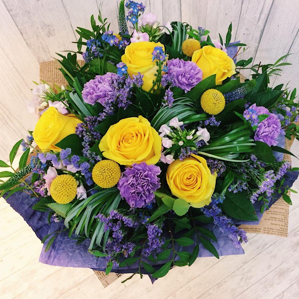 Цветы с доставка по г сходня, белых роз