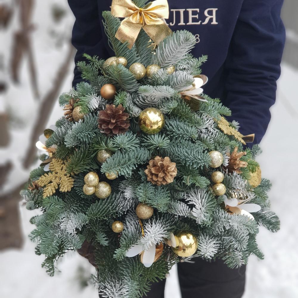Букеты из елки владивосток, цветов рязань круглосуточно