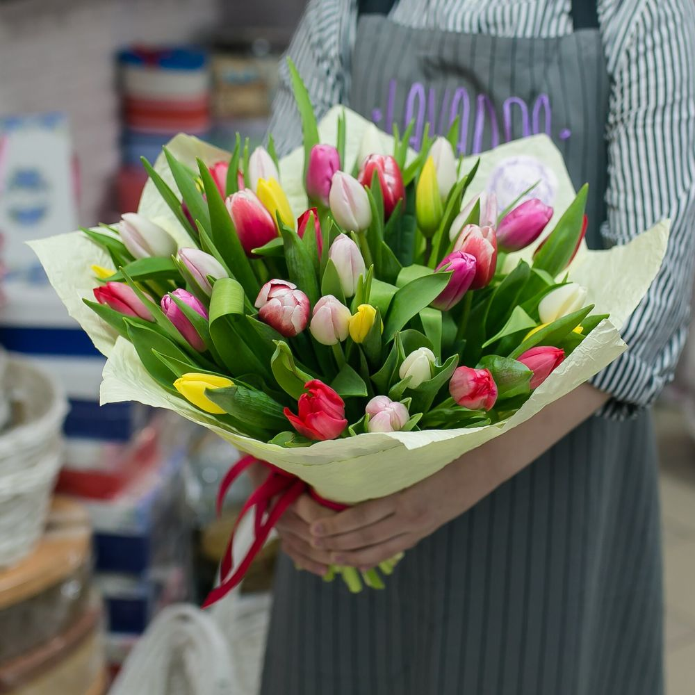Букет из 35 тюльпанов цена