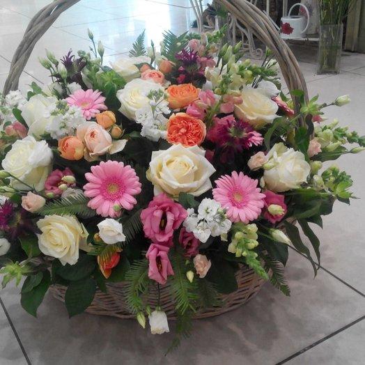 Корзина Летняя нежность: букеты цветов на заказ Flowwow