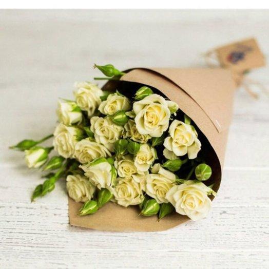 Комплимент из роз: букеты цветов на заказ Flowwow
