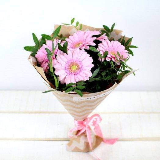 Букет комплимент 2: букеты цветов на заказ Flowwow