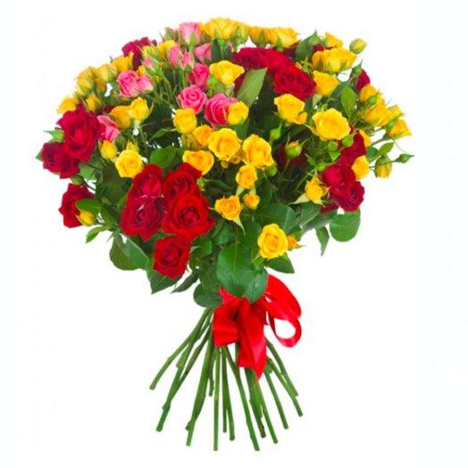 Букет 25 кустовых роз: букеты цветов на заказ Flowwow