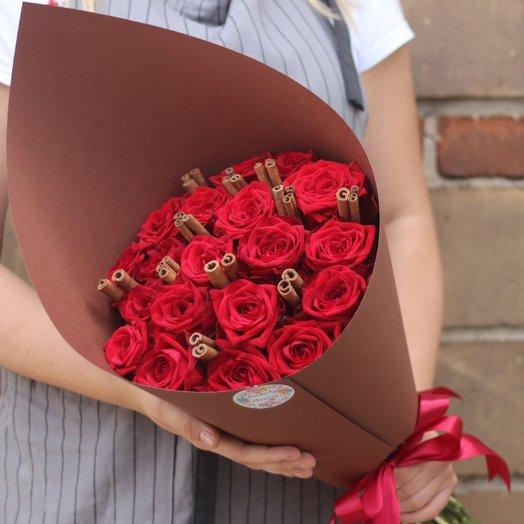 19 красных роз с корицей: букеты цветов на заказ Flowwow