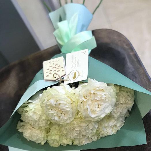Белые Розы Мондиаль: букеты цветов на заказ Flowwow