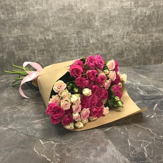 Букет из 11 кустовых роз микс: букеты цветов на заказ Flowwow