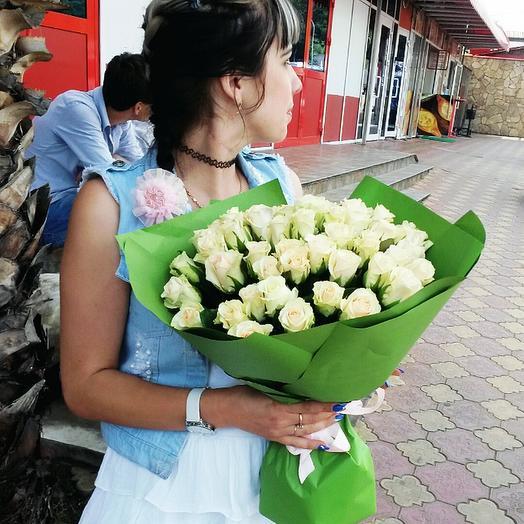 Роза белая 51шт