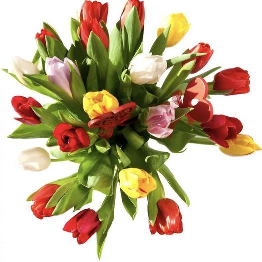 21 тюльпан: букеты цветов на заказ Flowwow