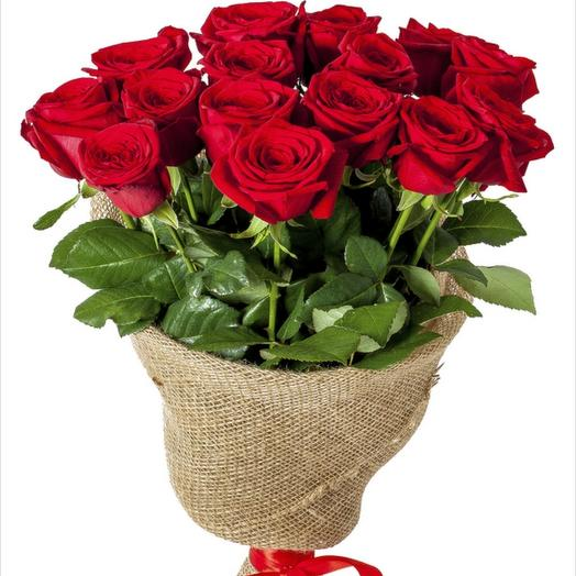 15 Красных роз: букеты цветов на заказ Flowwow