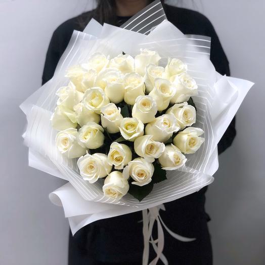 Классика в белом: букеты цветов на заказ Flowwow