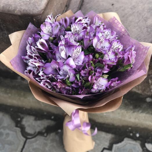 15 фиолетовых альстромерий: букеты цветов на заказ Flowwow