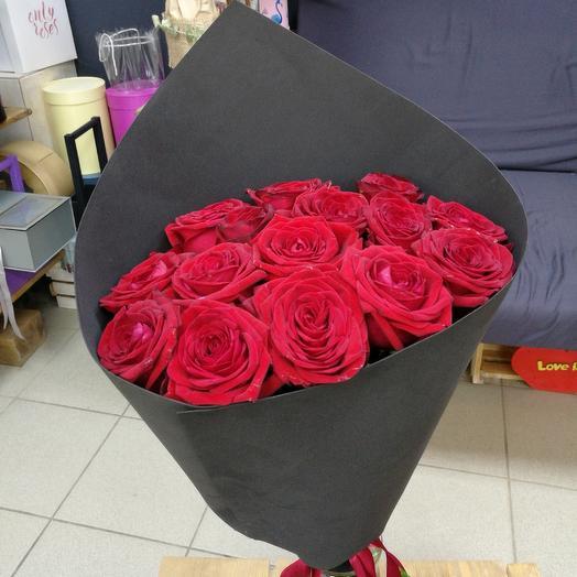 Роковой: букеты цветов на заказ Flowwow