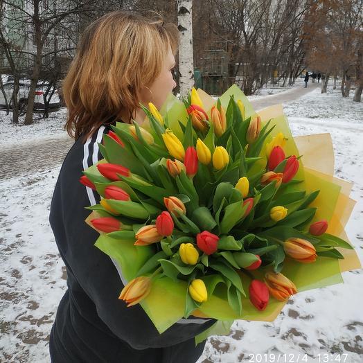 Букет из 39тюльпанов: букеты цветов на заказ Flowwow