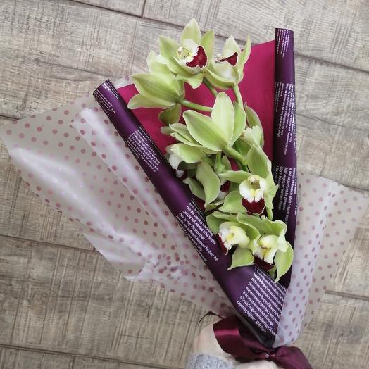 Орхидея в стильной упаковке: букеты цветов на заказ Flowwow