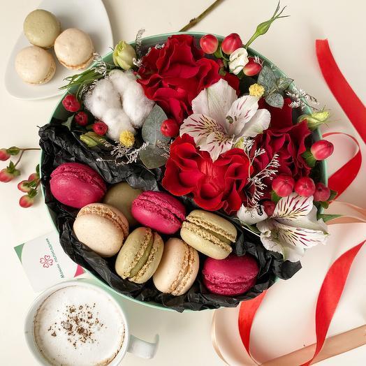 Коробочка со сладостями Red