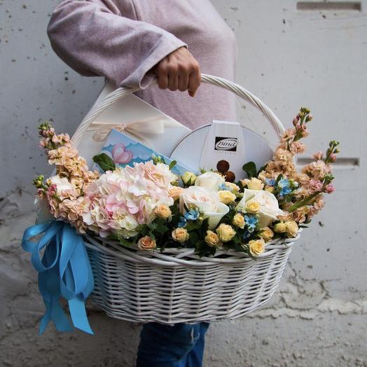 Сладко и стильно: букеты цветов на заказ Flowwow