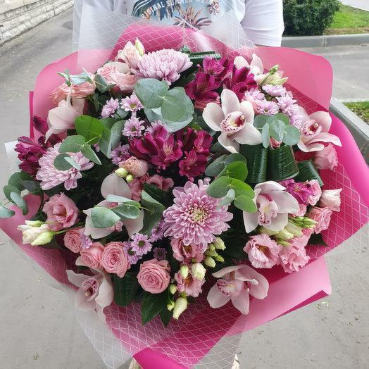 Шикарный букет орхидей