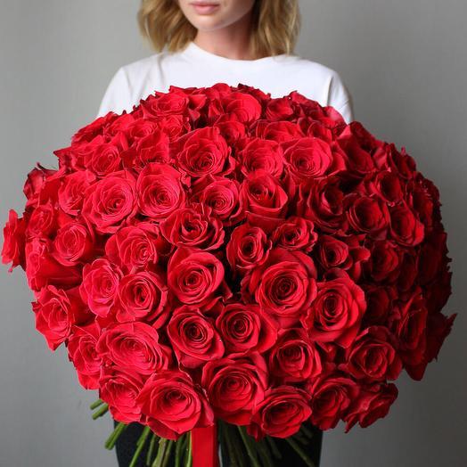 Роскошный букет из 101 красных роз Red Naomi: букеты цветов на заказ Flowwow