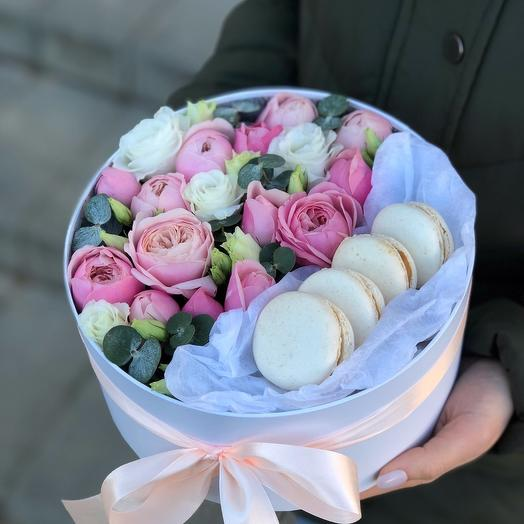 Box with bushy peony roses and eustoma and macarons Illusion