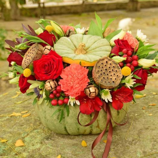 Интерьерная композиция в тыкве Яркая осень