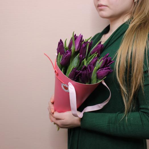 Тюльпаны в конусе