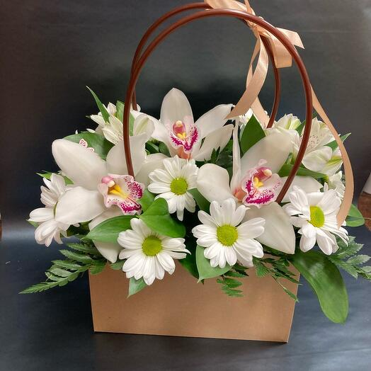 Stylish bag with orchids
