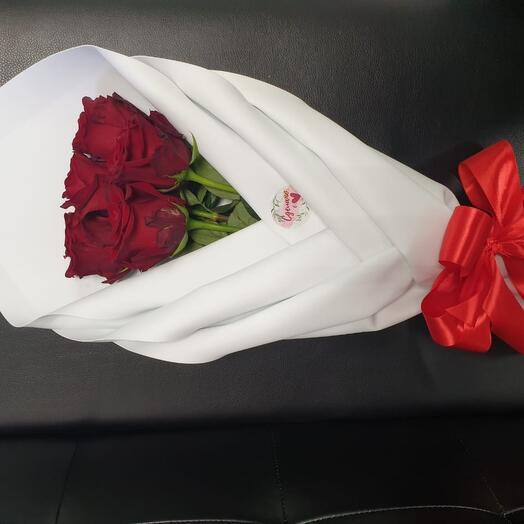 Роза в смокинге