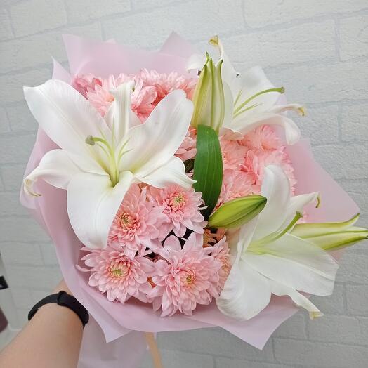 С лилиями