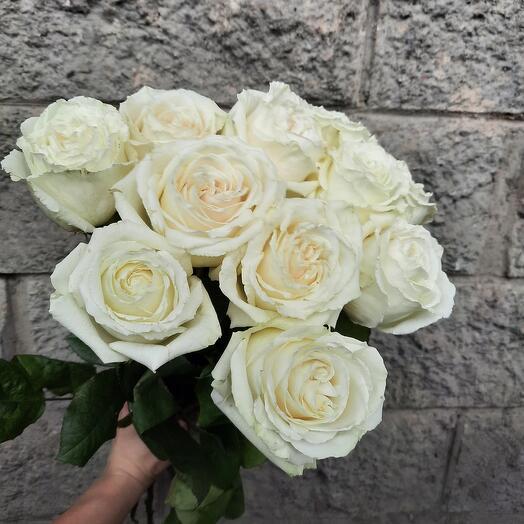 Букет великолепных роз Playa blanka 60 см