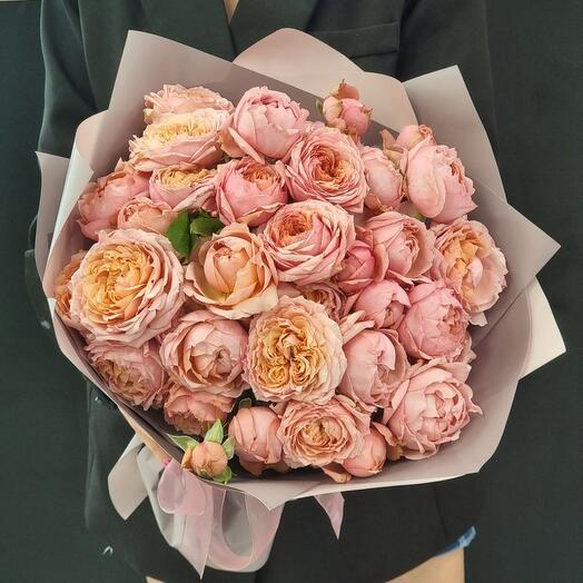 Роза кустовая пионовидная Джульетта