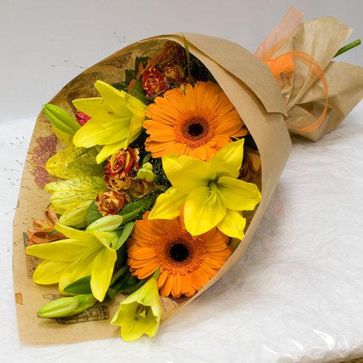 Букет из лилий и гербер в желтых тонах: букеты цветов на заказ Flowwow