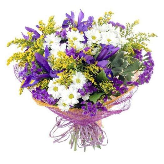 Букет Русское поле из ирисов хризантем и зелени Код 153436: букеты цветов на заказ Flowwow