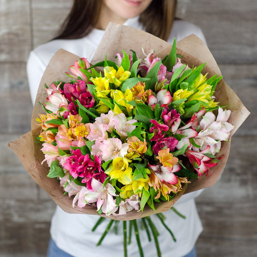 Букет 25 альстромерий: букеты цветов на заказ Flowwow