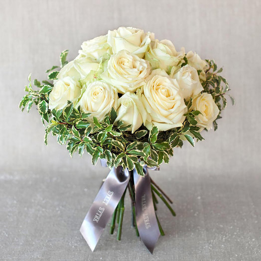 "Моно-букет из роз ""Нью-Йорк"": букеты цветов на заказ Flowwow"