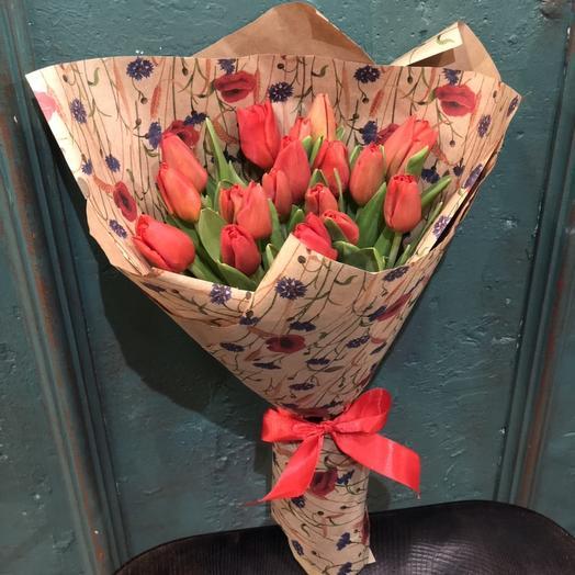 Яркие Тюльпаны: букеты цветов на заказ Flowwow