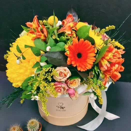 Букет в шляпной коробке 2: букеты цветов на заказ Flowwow