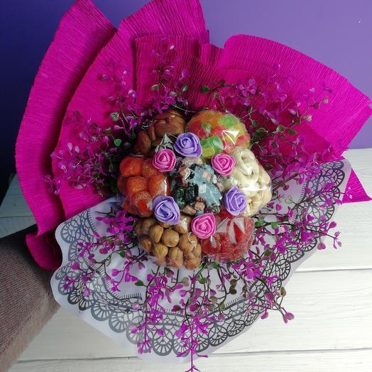 Игра контрастов: букеты цветов на заказ Flowwow