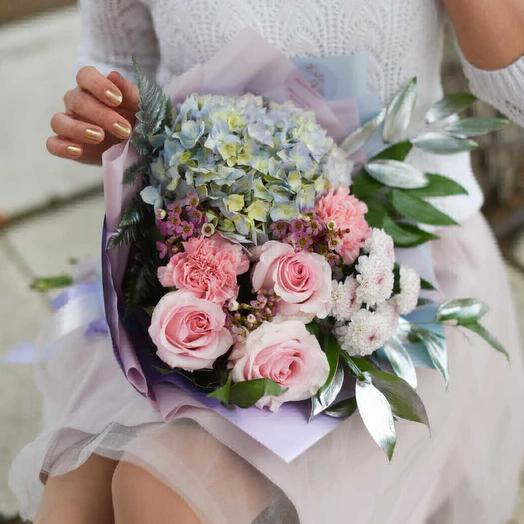 Нежной девочке: букеты цветов на заказ Flowwow