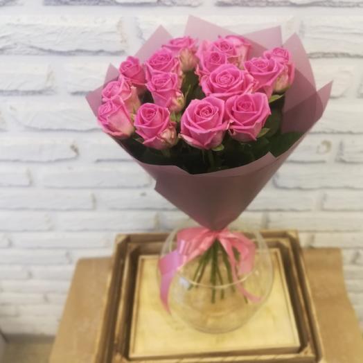 15 кенийских розовых роз