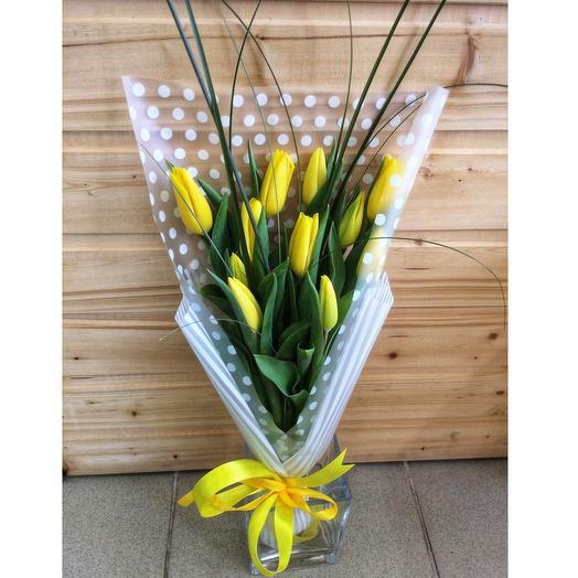 Букет желтый 11 Тюльпанов