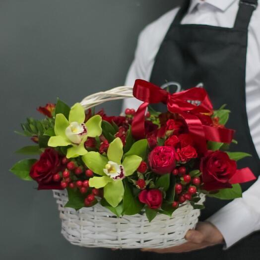 Корзина с цветами «Соренто»