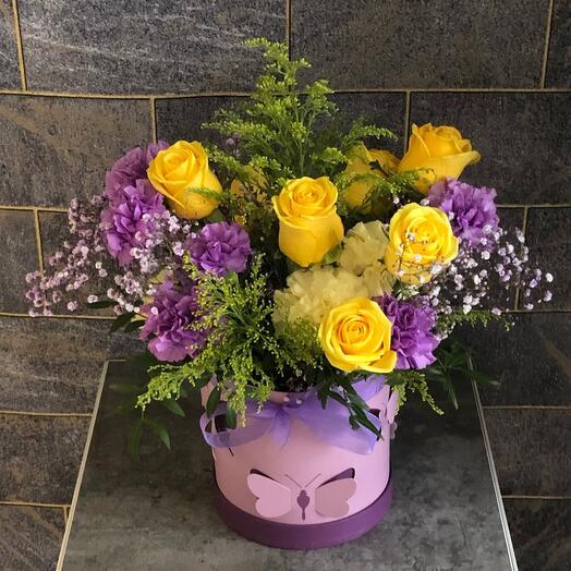 Цветы в коробке «Сиреневый блюз»