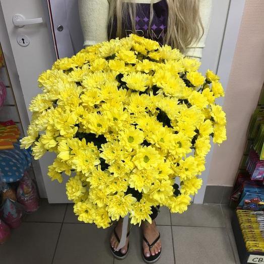 Букет из 25 желтых хризантем: букеты цветов на заказ Flowwow