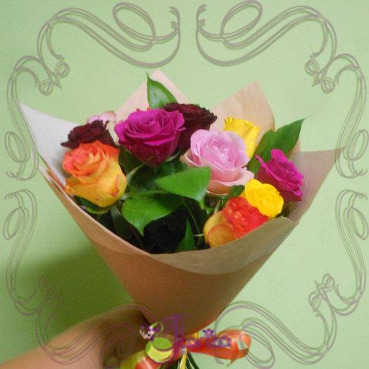 Букет из 11 разноцветных роз: букеты цветов на заказ Flowwow