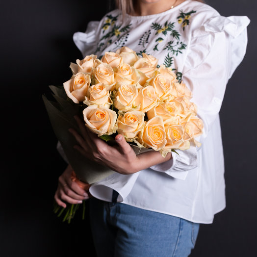 25 персиковых роз 50 см., Россия : букеты цветов на заказ Flowwow